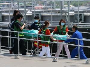 ドクヘリ到着後すぐに救命センターへ搬送
